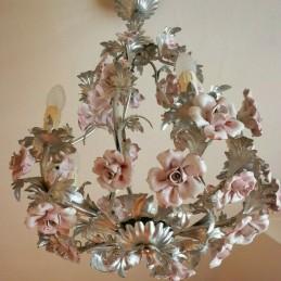 Lustre en métal et fleurs...